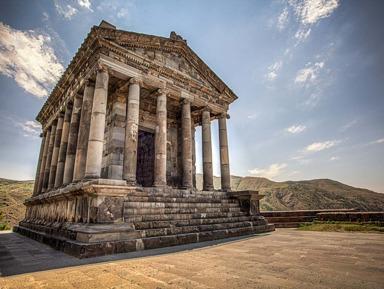 Храм бога солнца Митры и скальный монастырь Гегард