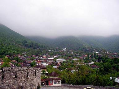 Шеки, город ханов и торговцев