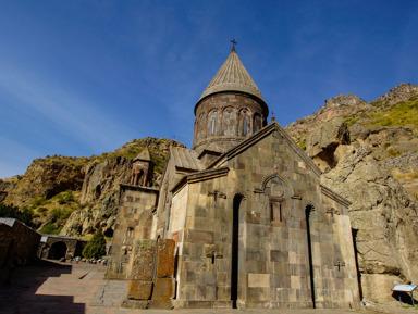 Экскурсия в храм Гарни и монастырь Гегард