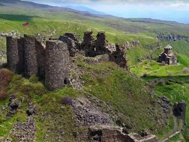 Монастыри Ованаванк, Сагмосаванк и крепость Амберд
