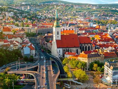 Экскурсия в Братиславу + шопинг-центр Parndorf