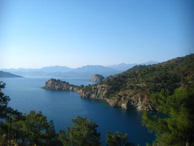 Морская прогулка «12 Островов» — купание в сказочных бухтах